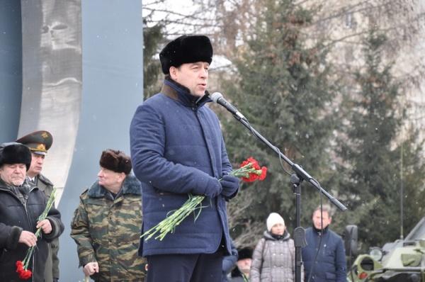 """""""Черный тюльпан"""", День памяти воинов-интернационалистов Фото: http://sverdlovsk.er.ru/"""