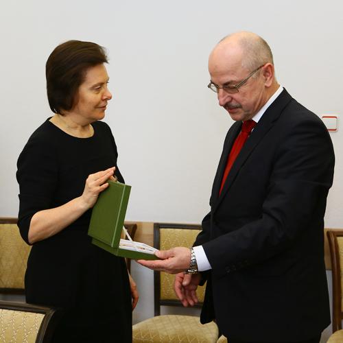 Встреча Натальи Комаровой и Станислава Матука|Фото: пресс-служба губернатора Югры