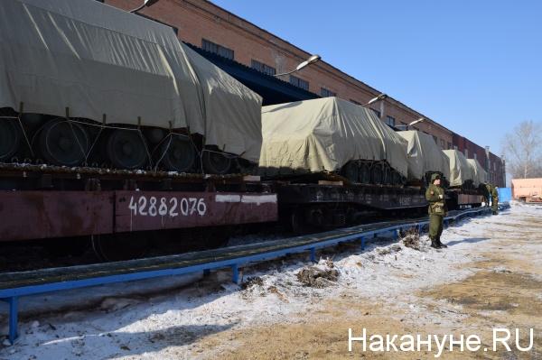 "отгрузка БМД-4М и бронетранспортер ""Ракушка"" Курганмашзавод Фото: Накануне.RU"