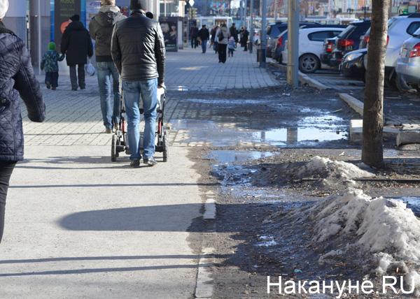 Екатеринбург, улицы, грязь|Фото: Накануне.RU
