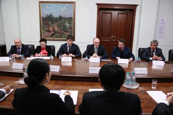 дубровский, китайцы, переговоры Фото:пресс-служба губернатора челябинской области