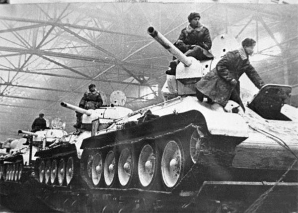 Метроном Победы, танки, завод Фото: