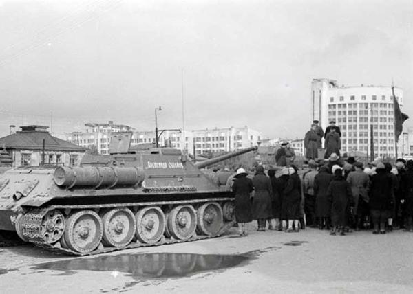 Метроном Победы, танки, корпус, фронт|Фото: