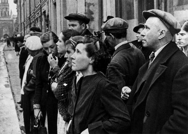Метроном Победы, обращение Сталина к народу, выступление по радио|Фото: