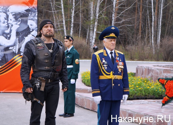 мотопробег, марш Знамени Победы, Екатеринбург, Александр Хирург|Фото: Накануне.RU