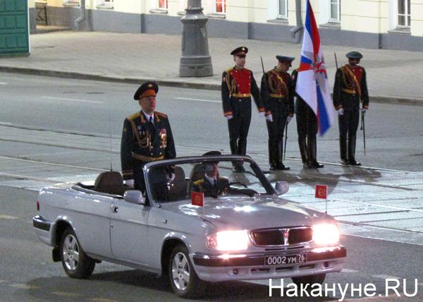 Репетиция Парада Победы, командующий парадом Генерал-лейтенант Евгений Устинов|Фото: Накануне.RU