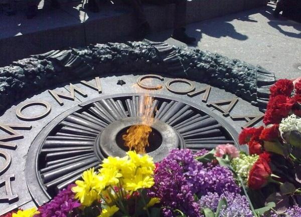 9 мая, Киев, Памятник неизвестному солдату|Фото: Евгений Иванов