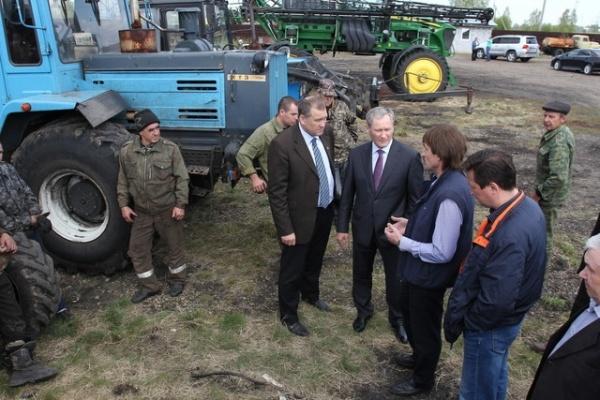 Алексей Кокорин в Далматовском районе|Фото: пресс-служба губернатора Курганской области