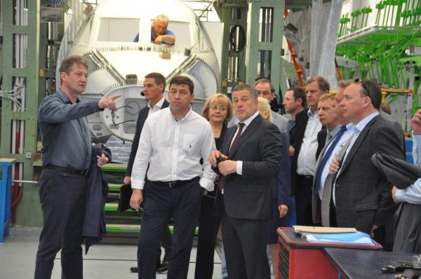Евгений Куйвашев, визит в Чехию, самолет L410|Фото: Департамент информационной политики губернатора Свердловской области