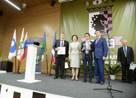 Наталья Комарова, Гран-при ФИДЕ, Кирсан Илюмжинов|Фото: правительство ХМАО