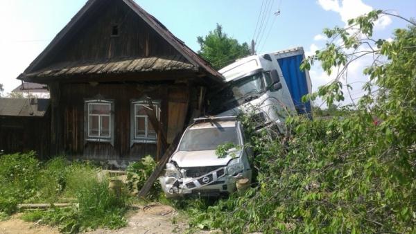 фура, тягач, авария, ДТП|Фото: ГУ МВД России по Свердловской области