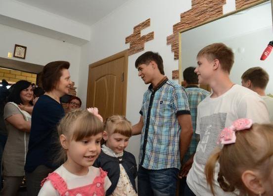 Наталья Комарова, многодетная семья|Фото: правительство ХМАО