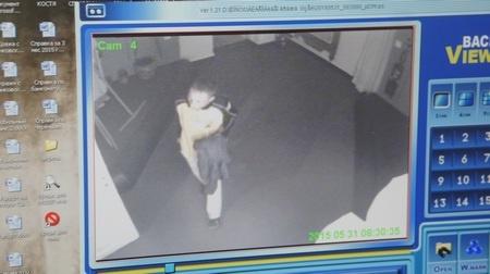 камера наблюдения, похищение кофейника Фото: ГУ МВД России по Свердловской области