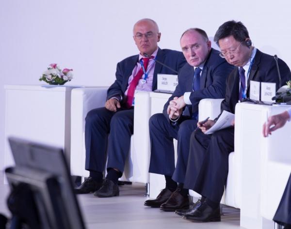 Петербургский международный экономический форум Борис Дубровский|Фото: gubernator74.ru