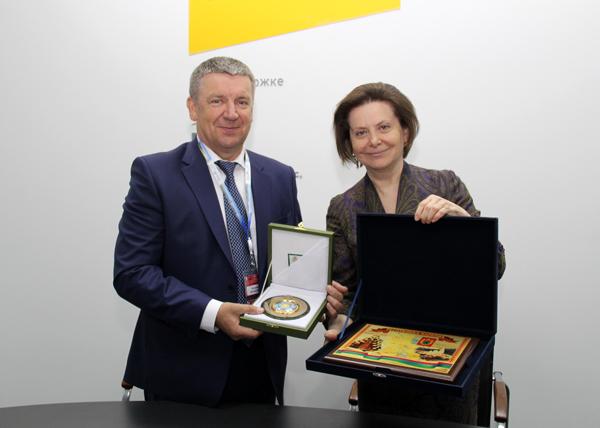 подписание соглашения между Югрой и Карелией|Фото: Пресс-служба губернатора ХМАО