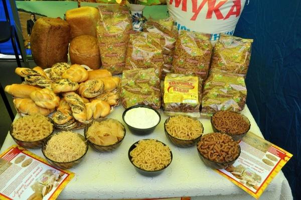 макароны рожки хлеб|Фото: пресс-служба губернатора Курганской области