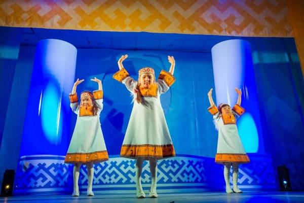 ямал, кмнс, танец, дети|Фото: газпром нефть