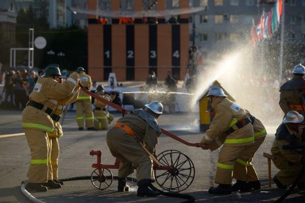 чемпионат МЧС в Челябинске пожарные Фото: gubernator74.ru
