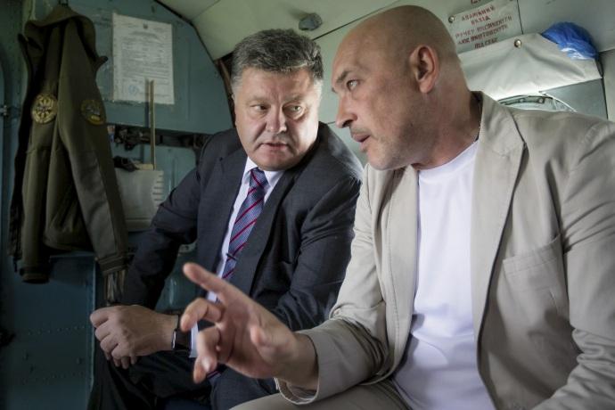 Губернатор Луганской области Георгий Тука и президент Украины Петр Порошенко,  Фото: сайт президента Украины