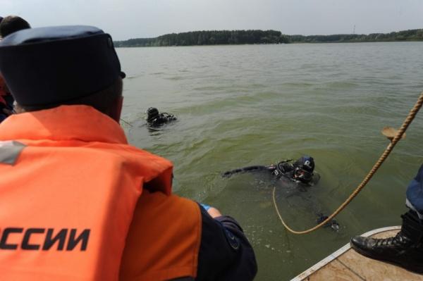 поиски обломков, истра, водолаз|Фото: mchs.gov.ru