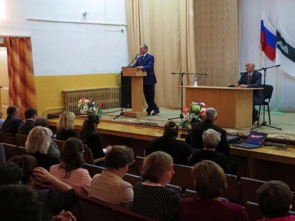 Алексей Кокорин встреча с населением Целинного района Фото: пресс-служба губернатора Курганской области