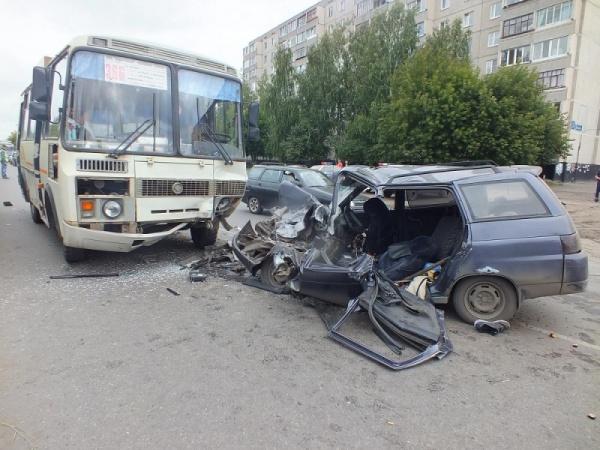 автобус ВАЗ ДТП Курган|Фото: ГИБДД Курганской области