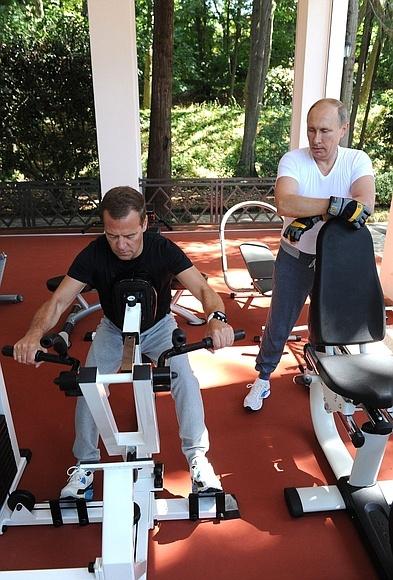 Тренировка, Владимир Путин и Дмитрий Медведев, Бочаров ручей|Фото:пресс-служба Кремля