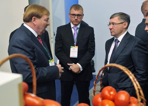 агропромышленная выставка, Владимир Якушев|Фото: gubernator.admtyumen.ru