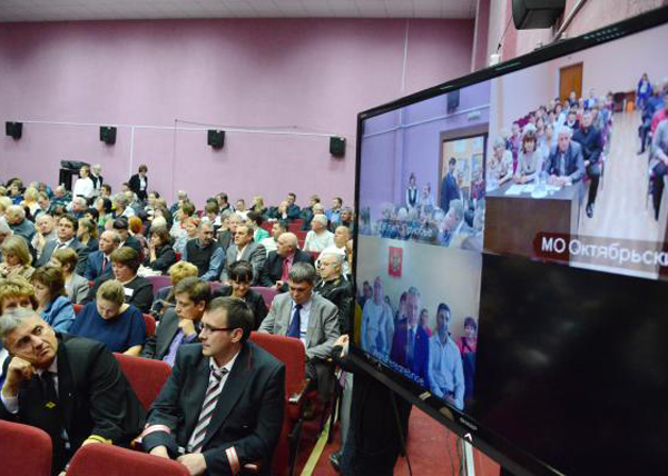 Наталья Комарова, Октябрьский район, встреча с гражданами|Фото: admhmao.ru