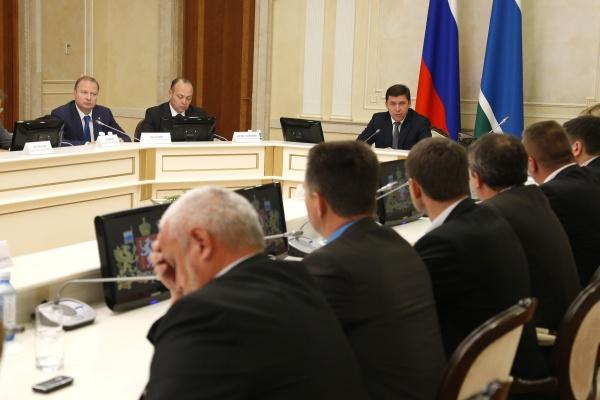 встреча Евгения Куйвашева с депутатами Фото: Департамент информационной политики губернатора