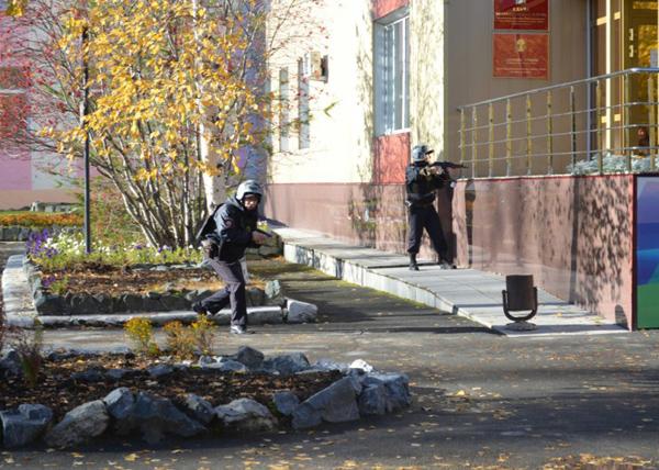 учения в Сургуте|Фото: Пресс-служба УМВД по ХМАО-Югре