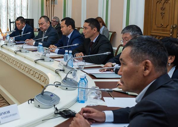 делегация Киргизии, встреча Евгения Куйвашева с делегацией Киргизии|Фото: Департамент информационной политики губернатора