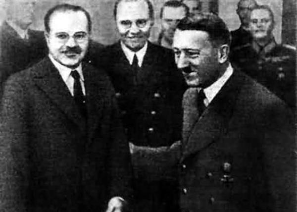 Молотов, Гитлер|Фото: padonki.org
