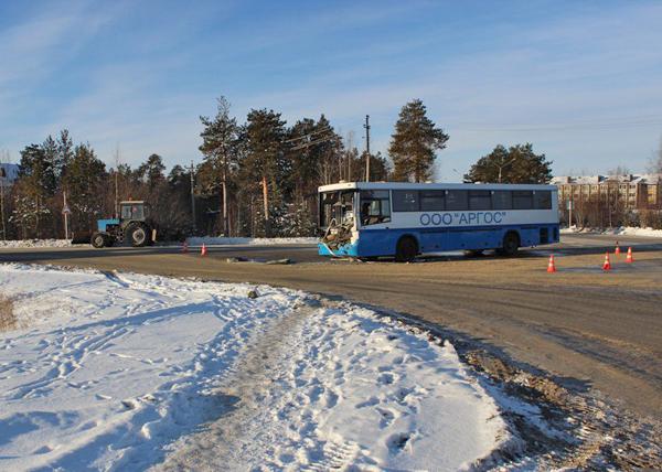 Столкновение КаМАЗа и автобуса в Когалыме|Фото: Пресс-служба УМВД ХМАО