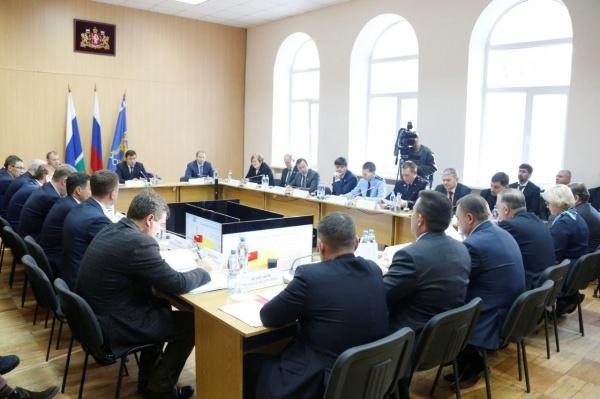 Евгений Куйвашев Реж совещание Фото: ДИП губернатора Свердловской области