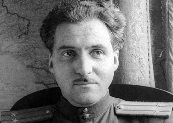 Константин Симонов, писатель|Фото: yandex.ru