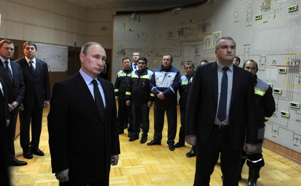 Путин, Аксенов, запуск энергомоста|Фото: kremlin.ru