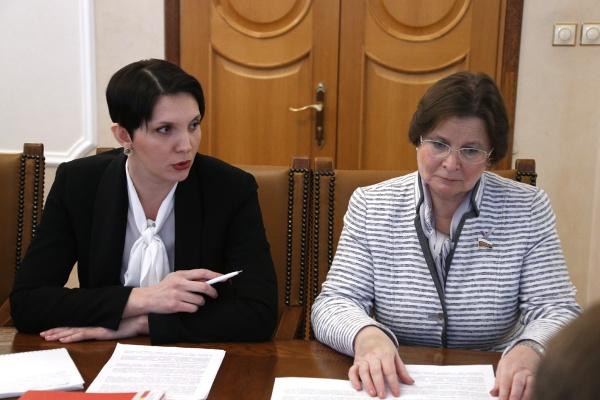 Лариса Фечина, Жанна Рябцева|Фото: Департамент информационной политики губернатора
