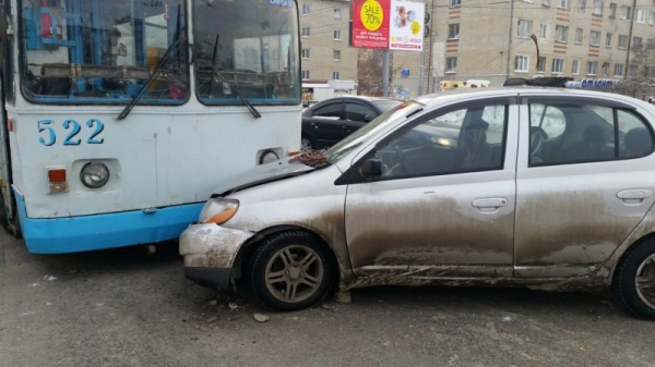 ДТП проспект Космонавтов Екатеринбург|Фото: ГИБДД Екатеринбурга