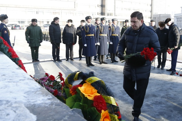 День памяти воинов-интернационалистов, Черный тюльпан, Евгений Куйвашев|Фото: Департамент информационной политики губернатора