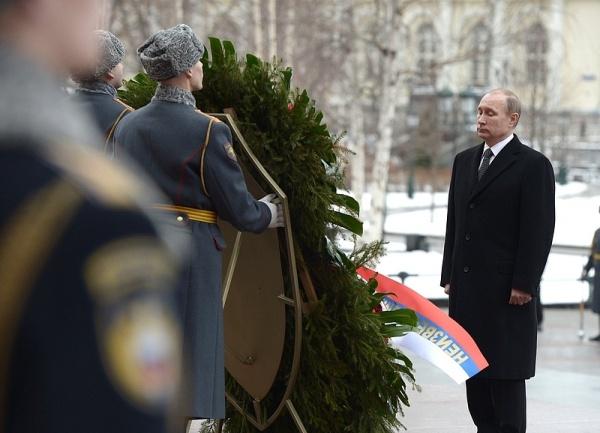 Могила неизвестного солдата, Владимир Путин, День защитника Отечества|Фото:пресс-служба Кремля
