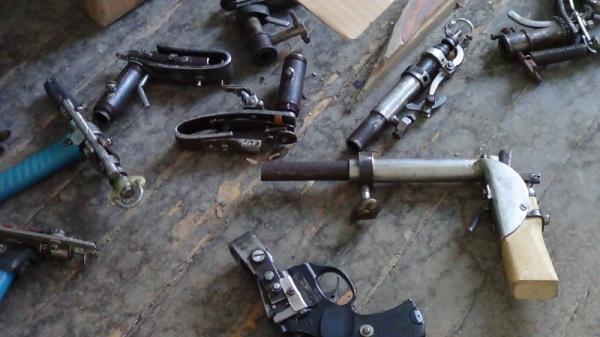 оружие, самодельное оружие, пистолет Фото: ГУ МВД России по СО