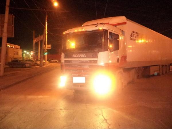 грузовик ДТП Екатеринбург|Фото: ГИБДД Екатеринбурга