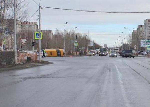Сургут, авария, ДТП, маршрутка|Фото: Пресс-служба ГИБДД Сургута