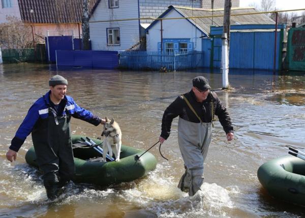 Ишим, борьба с паводком, ГУ МЧС|Фото: Пресс-служба ГУ МЧС Тюменской области