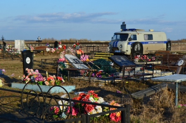 кладбище, вандализм, вандалы, надгробия, памятник|Фото: ГУ МВД России по СО