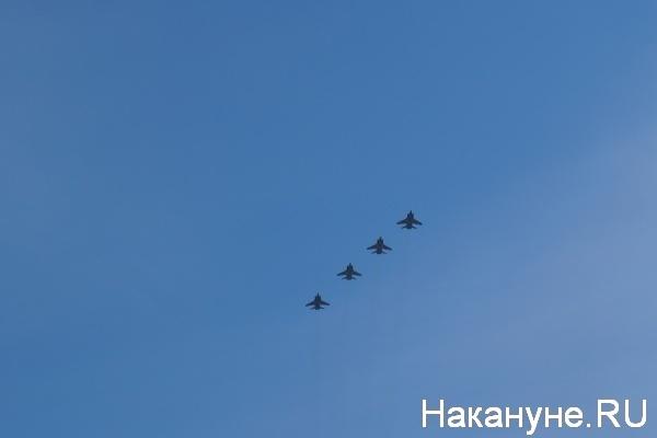 Парад, 9 мая, Екатеринбург, МиГ-31|Фото:Накануне.RU