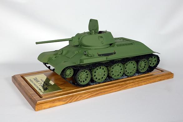 модель танка Т-34 Фото: пресс-служба УВЗ