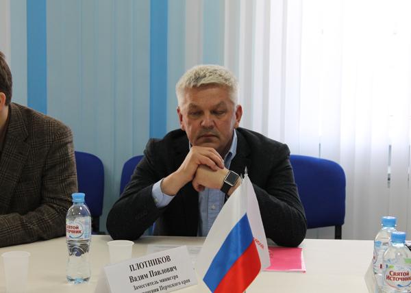 круглый стол по Центру диализа|Фото: пресс-служба ОНФ в Пермском крае