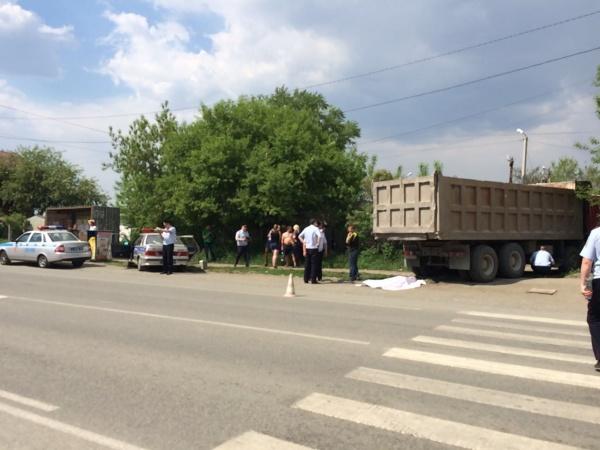 грузовик, пешеход Фото: УГИБДД ГУ МВД России по СО